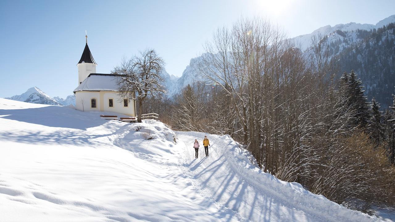 Camminare in Inverno fa bene, lo dice la scienza.